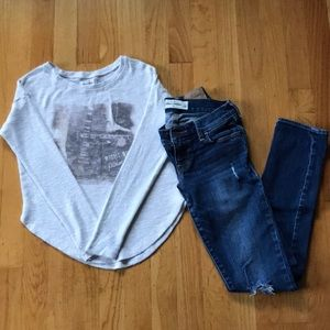 Abercrombie Sweater size Small Jeans Size 12💕